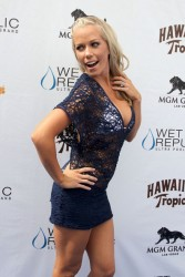 Kendra Wilkinson - Hawaiian Tropic Party at the Wet Republic Ultra Pool in Vegas - 03.24.12 - L/MQ's
